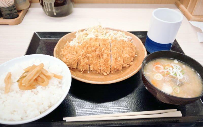 とんかつでがっつり朝定食@かつや秋葉原店
